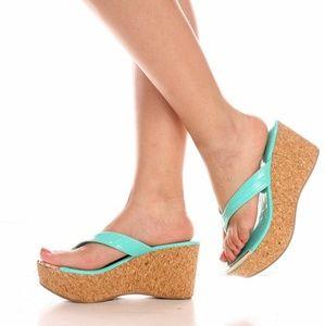 Shoes - 🆕️ARRIVED Teal Golden Accent Design Platform Sand